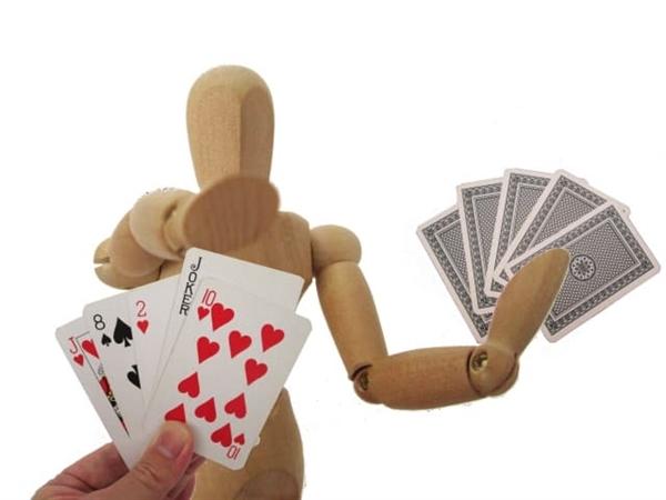 ヤフオクでのクレジットカードの現金化の安全性は方法によって異なる